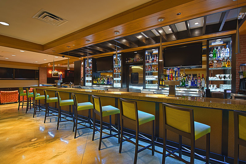 Crowne Plaza Tulsa - Southern Hills-Remingtons Sports Bar<br/>Image from Leonardo