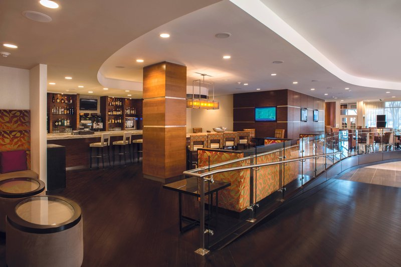 Crowne Plaza Tulsa - Southern Hills-Lobby Bar<br/>Image from Leonardo