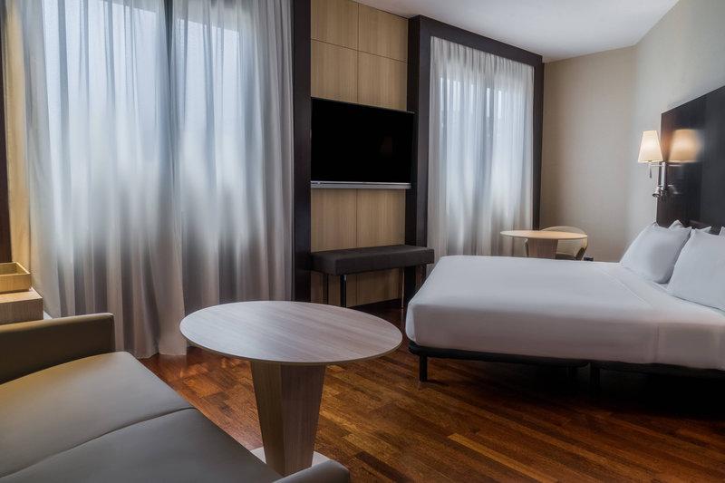 AC Hotel Valencia-Family Room<br/>Image from Leonardo