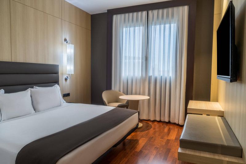 AC Hotel Valencia-Junior Suite - Bedroom<br/>Image from Leonardo