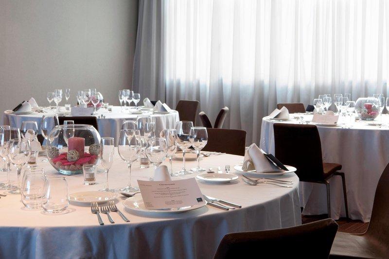 AC Hotel Valencia-Gran Forum – Banquet Setup Details<br/>Image from Leonardo