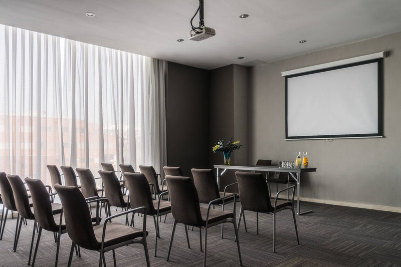 AC Hotel Valencia-Business Meeting Room<br/>Image from Leonardo