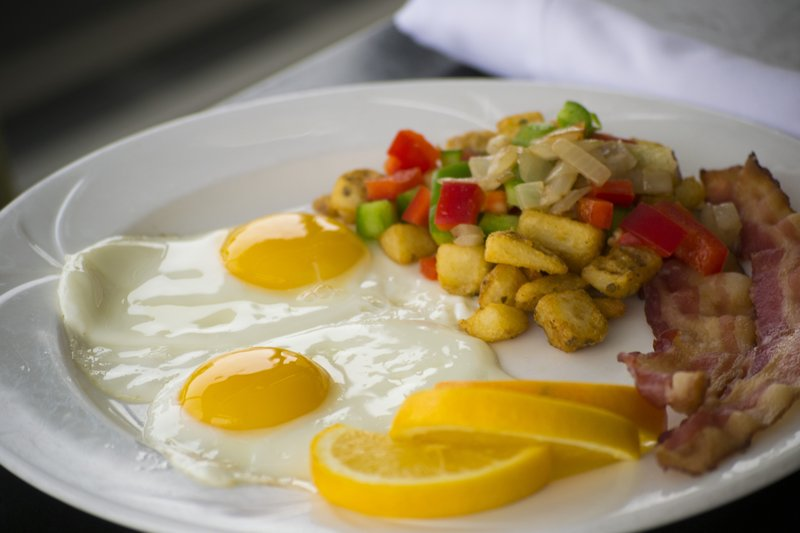 Holiday Inn Sudbury-Delectable morning breakfast in our Four Corners Lounge<br/>Image from Leonardo