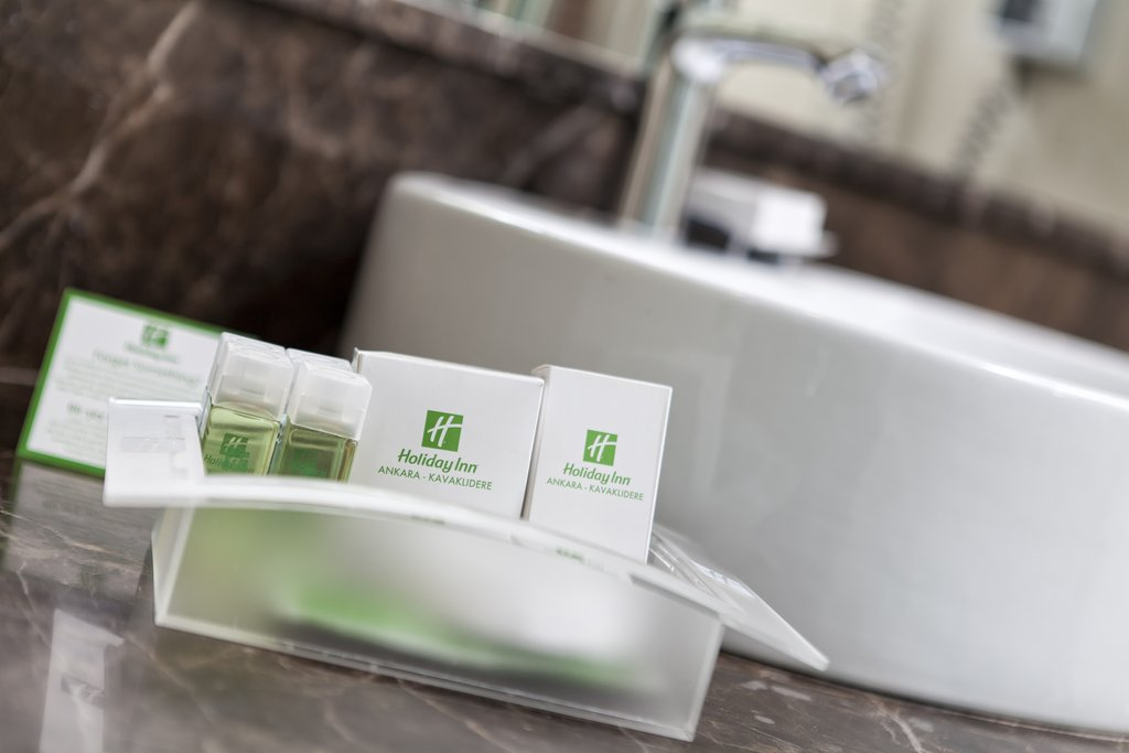 Holiday Inn Ankara-Kavaklidere-Bathroom Amenities<br/>Image from Leonardo