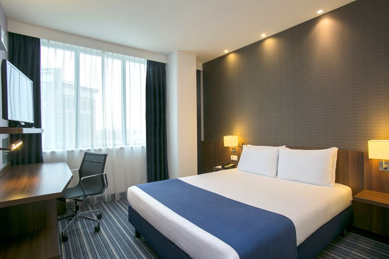 Holiday Inn Express Arnhem-Guest Room<br/>Image from Leonardo