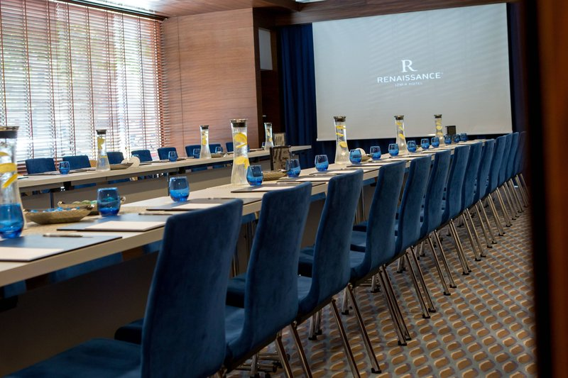 Renaissance Izmir Hotel-Pinch Meeting Room<br/>Image from Leonardo