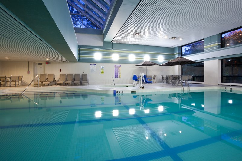 Crowne Plaza Minneapolis West-Indoor saline pool with ADA accessible lift<br/>Image from Leonardo