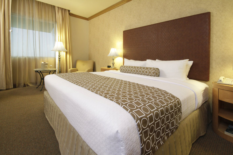 Crowne Plaza Torreon-Adjoining Room<br/>Image from Leonardo