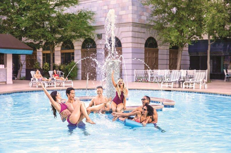 New York-New York Hotel - Pool <br/>Image from Leonardo