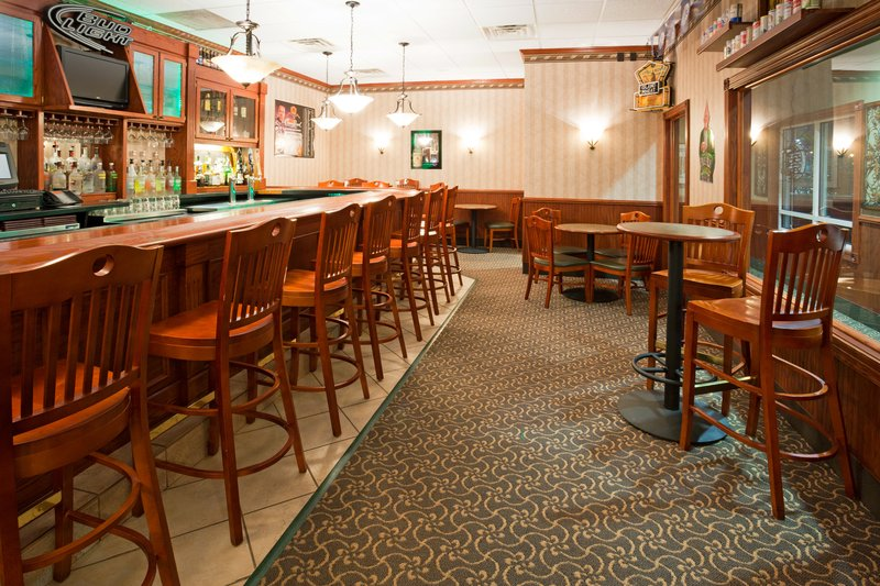 Holiday Inn Conference Center Marshfield-Bar and Lounge<br/>Image from Leonardo