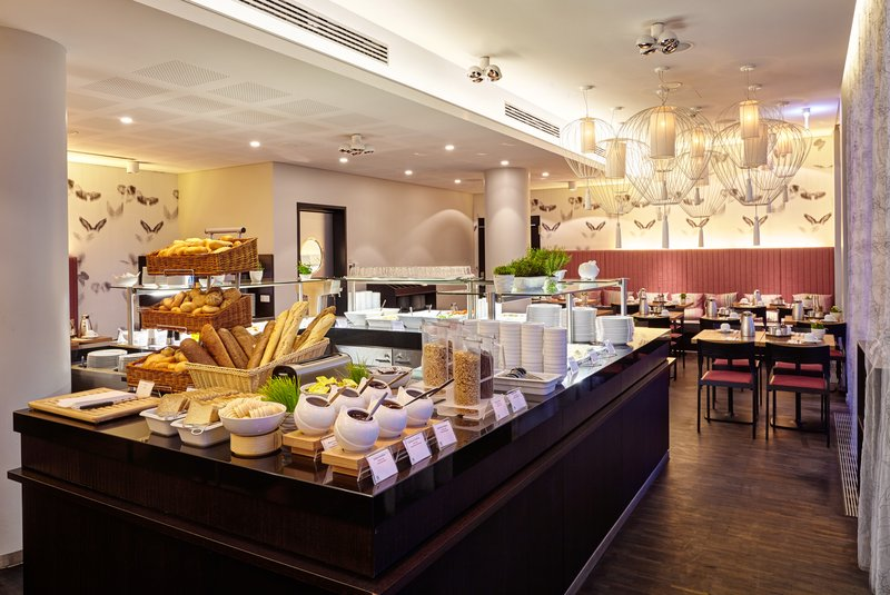 Holiday Inn Berlin Centre Alexanderplatz-Browse our delicious Breakfast Buffet<br/>Image from Leonardo