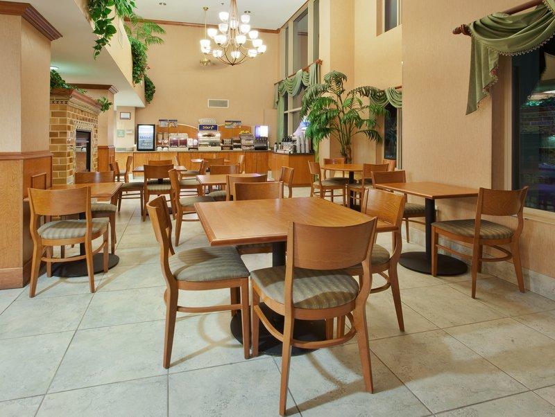 Holiday Inn Express & Suites Carson City-Breakfast Bar<br/>Image from Leonardo