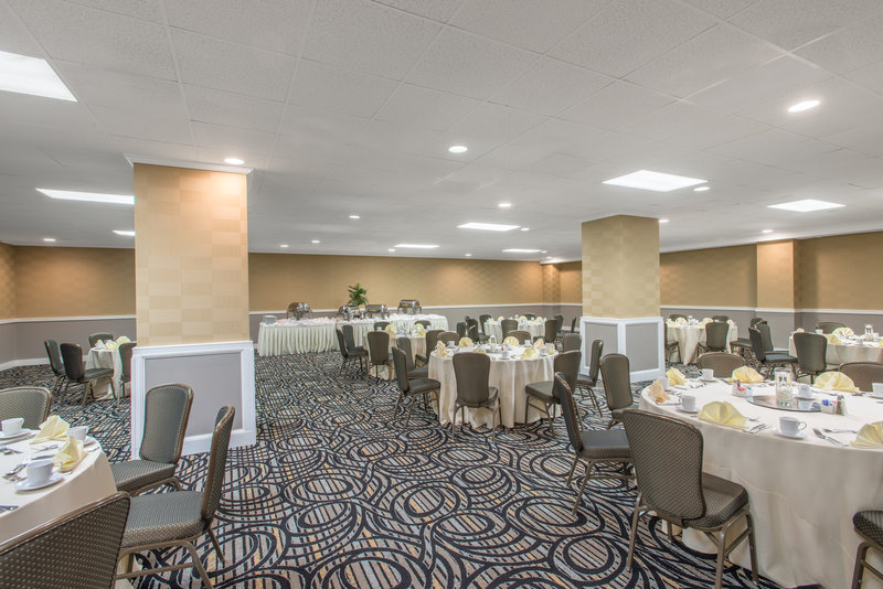 Crowne Plaza Philadelphia-Cherry Hill-Newly renovated Gallery Room-Banquet style set up<br/>Image from Leonardo