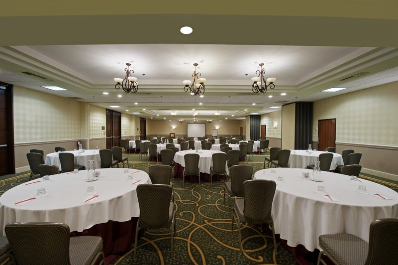 Crowne Plaza Philadelphia-Cherry Hill-The Crystal Ballroom accommodates up to 200 guests<br/>Image from Leonardo