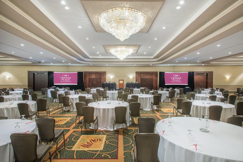 Crowne Plaza Philadelphia-Cherry Hill-Ballroom-perfect venue for a presentation.<br/>Image from Leonardo