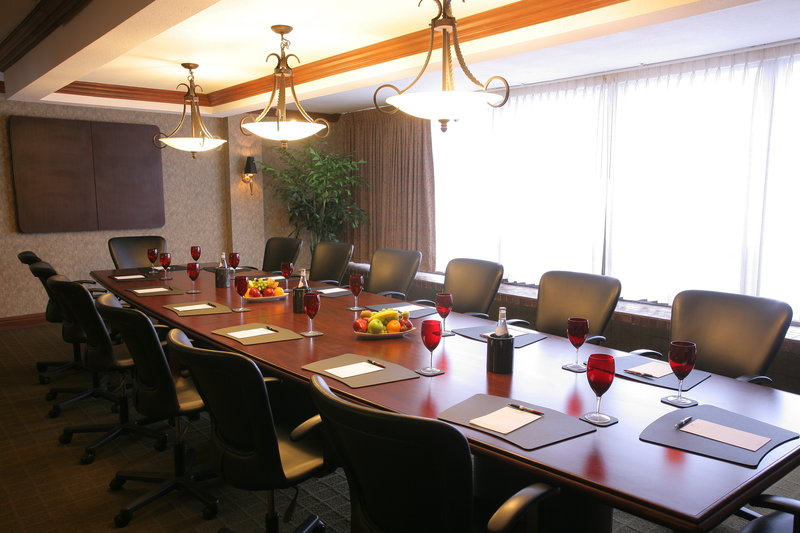 Crowne Plaza Philadelphia-Cherry Hill-Executive Boardroom with seating up to 14 for your next meeting<br/>Image from Leonardo