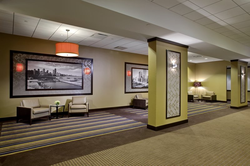 Crowne Plaza Chicago Ohare Hotel & Conference Center-O' Hare International Ballroom Concourse <br/>Image from Leonardo