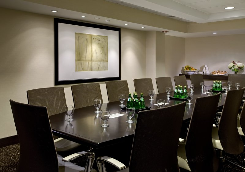 Crowne Plaza Chicago Ohare Hotel & Conference Center-Boardroom West   350 Sq. Ft.<br/>Image from Leonardo