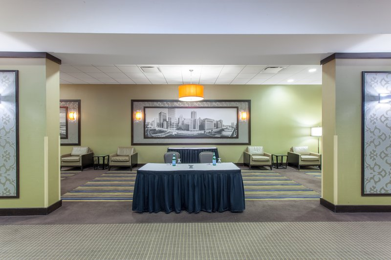 Crowne Plaza Chicago Ohare Hotel & Conference Center-International Ballroom Concourse B 1900 Sq. Ft.<br/>Image from Leonardo