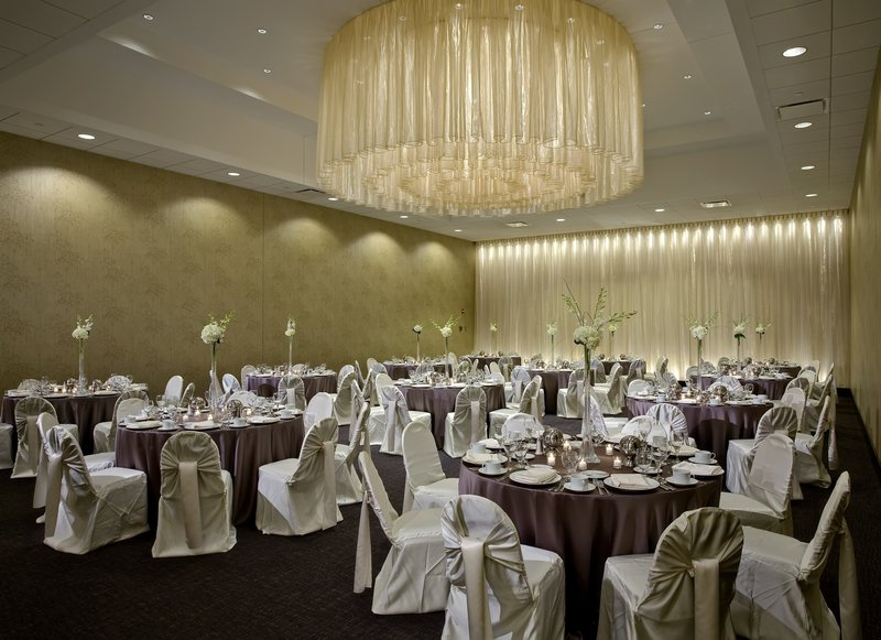 Crowne Plaza Chicago Ohare Hotel & Conference Center-Balmoral Ballroom Banquet 2065 Sq. Ft.<br/>Image from Leonardo