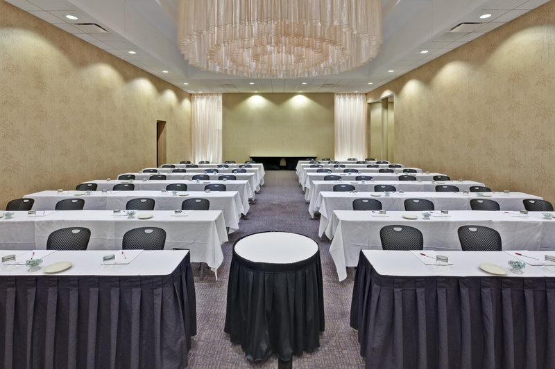 Crowne Plaza Chicago Ohare Hotel & Conference Center- Balmoral Ballroom Classroom 2065 Sq. Ft.<br/>Image from Leonardo