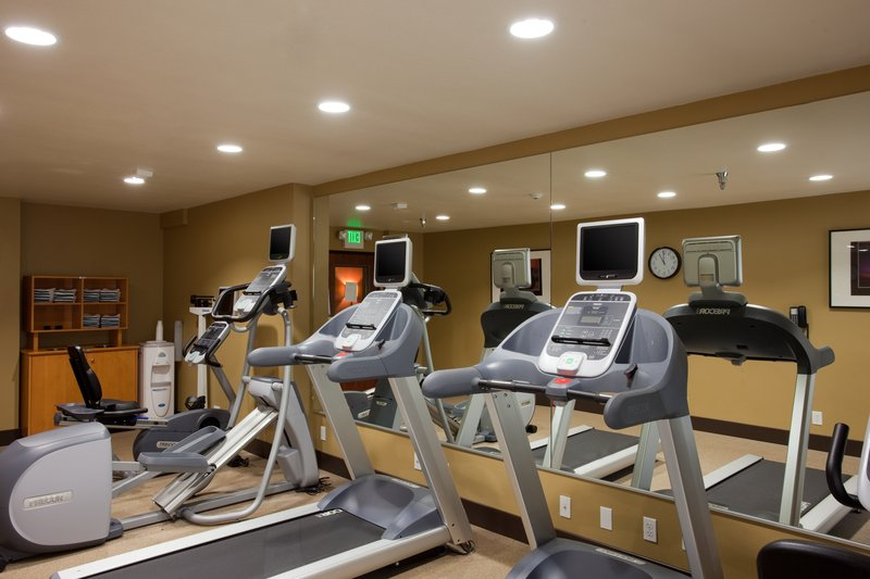 Holiday Inn Express San Clemente North-Fitness center Holiday Inn Express San Clemente Near Trestles Beac<br/>Image from Leonardo