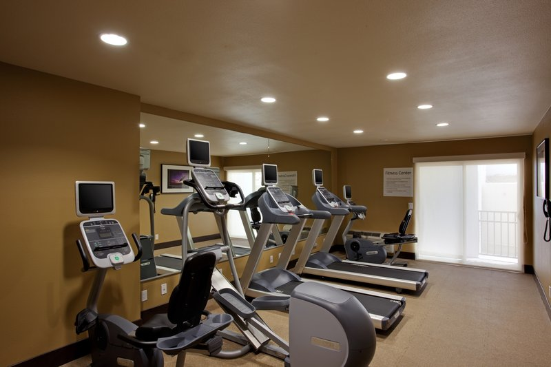 Holiday Inn Express San Clemente North-Fitness Center<br/>Image from Leonardo