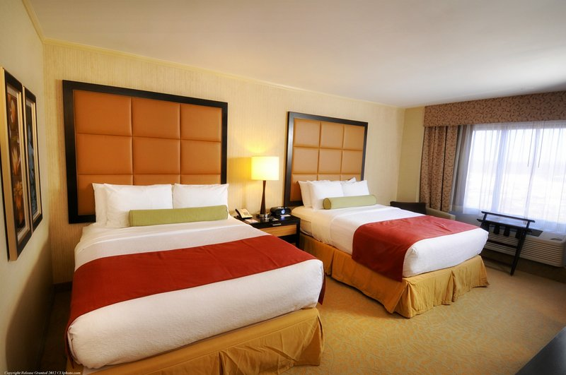 Crowne Plaza Wilmington North-Crowne Plaza - Wilmington North Double Bed Guest Room<br/>Image from Leonardo