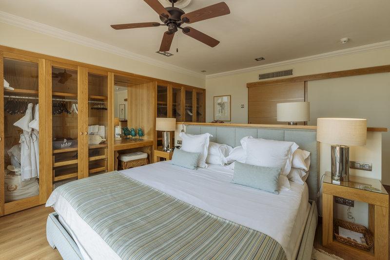Gran Hotel Bahia del Duque-Casas Ducales Royal Suite<br/>Image from Leonardo