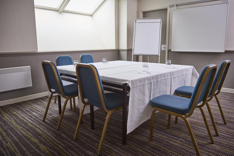 Holiday Inn Northampton West M1, Jct 16-Meeting Room<br/>Image from Leonardo