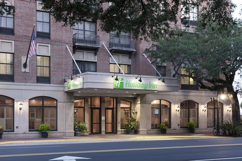 Holiday Inn Savannah Historic District-The Southern Belle of hotels in Savannah<br/>Image from Leonardo