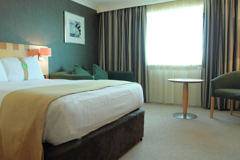 Holiday Inn A55 Chester West-Comfortable Double Bed plus Double Sofa Bed for up to 2 children<br/>Image from Leonardo