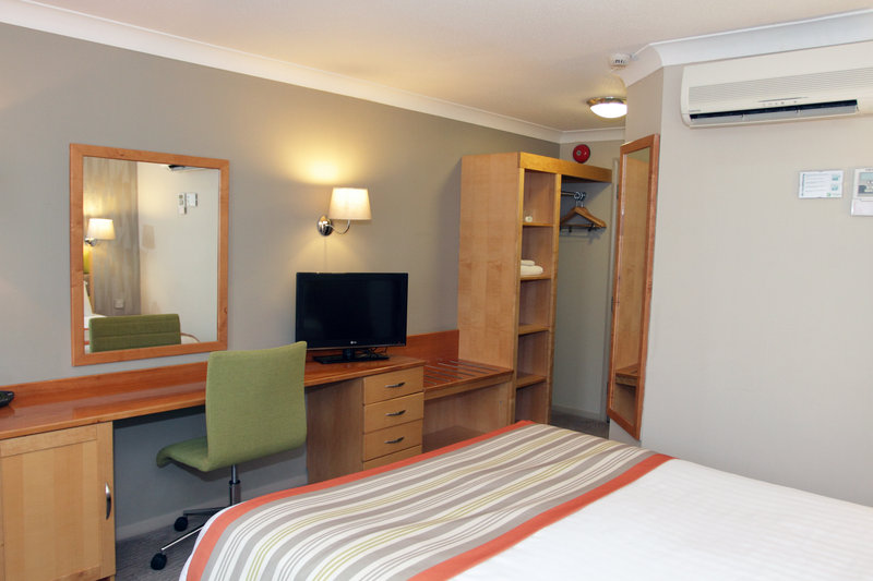 Holiday Inn A55 Chester West-Enjoy Freeview<br/>Image from Leonardo