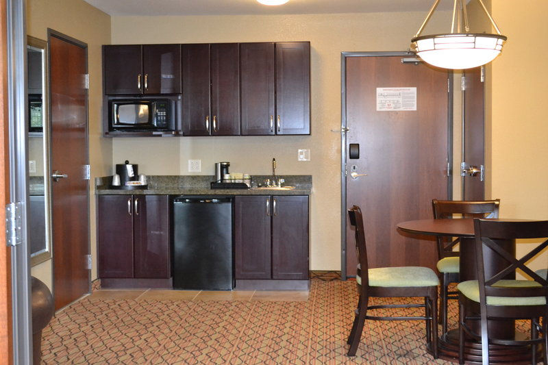 Holiday Inn Eau Claire South I-94-Beautiful Kitchenette Located in our King Executive Suite <br/>Image from Leonardo