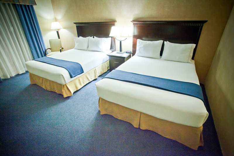 Holiday Inn Express grover Beach-Pismo Beach Area-Queen Bed Guest Room<br/>Image from Leonardo