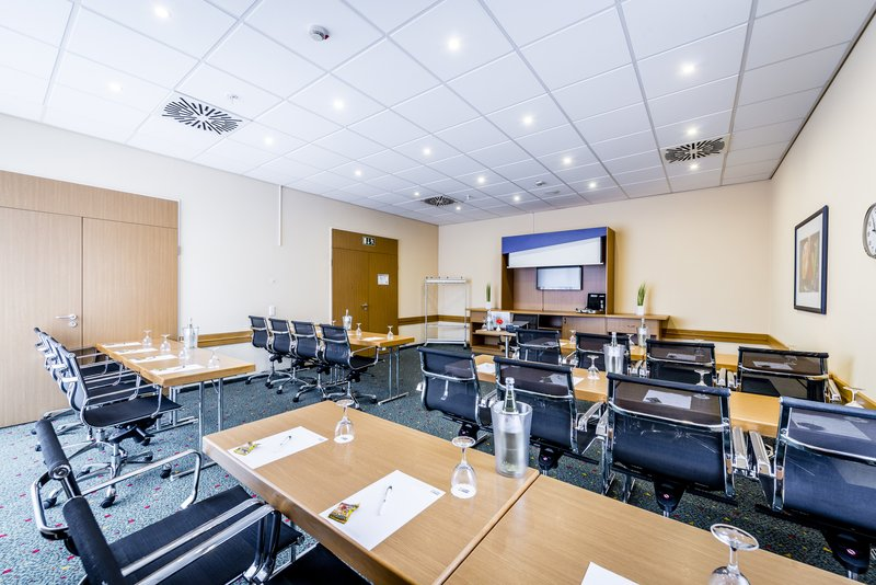 Holiday Inn Express Dortmund-'All you can Meet' in our conference room Reinoldi<br/>Image from Leonardo