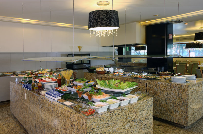 Holiday Inn Ciudad de Mexico-Trade Center-Buffet<br/>Image from Leonardo