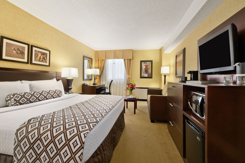Crowne Plaza Denver Airport Convention Center-Make yourself at home in our King Bed Guest Rooms<br/>Image from Leonardo