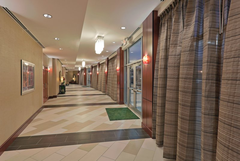 Holiday Inn Hotel & Suites Lima-Pre-function Area<br/>Image from Leonardo
