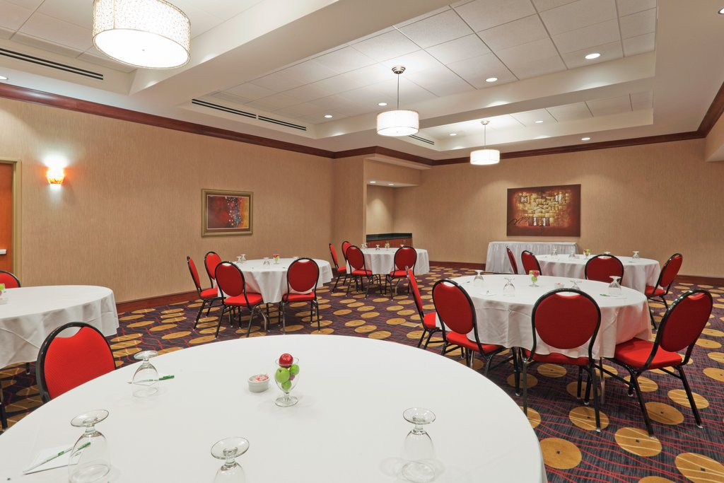 Holiday Inn Hotel & Suites Lima-Meeting Room<br/>Image from Leonardo