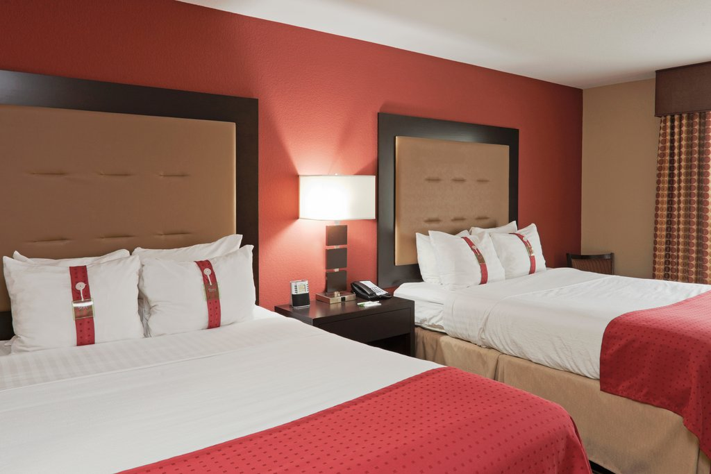Holiday Inn Hotel & Suites Lima-Queen Bed Guest Room<br/>Image from Leonardo
