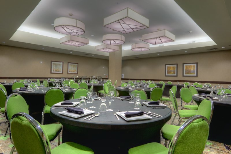 Holiday Inn Saskatoon Downtown-Meeting Room<br/>Image from Leonardo