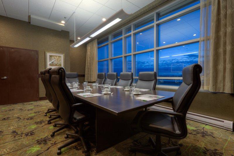 Holiday Inn Saskatoon Downtown-SKigh Boardroom<br/>Image from Leonardo
