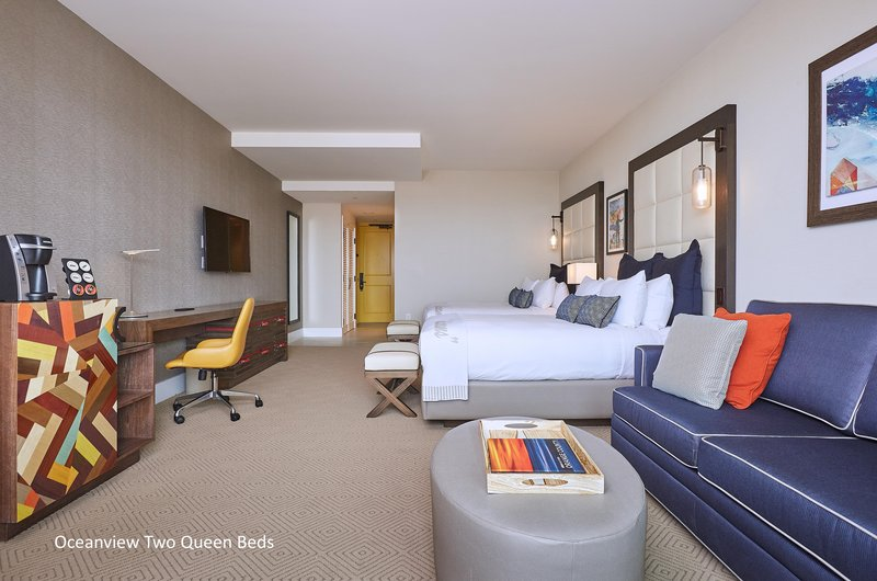 The Waterfront Beach Resort, A Hilton Hotel-TWIN DOLPHIN TOWER DOUBLE QUEEN ROOM<br/>Image from Leonardo
