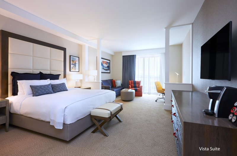 The Waterfront Beach Resort, A Hilton Hotel-TWIN DOLPHIN TOWER KING STUDIO STYLE SUITE<br/>Image from Leonardo