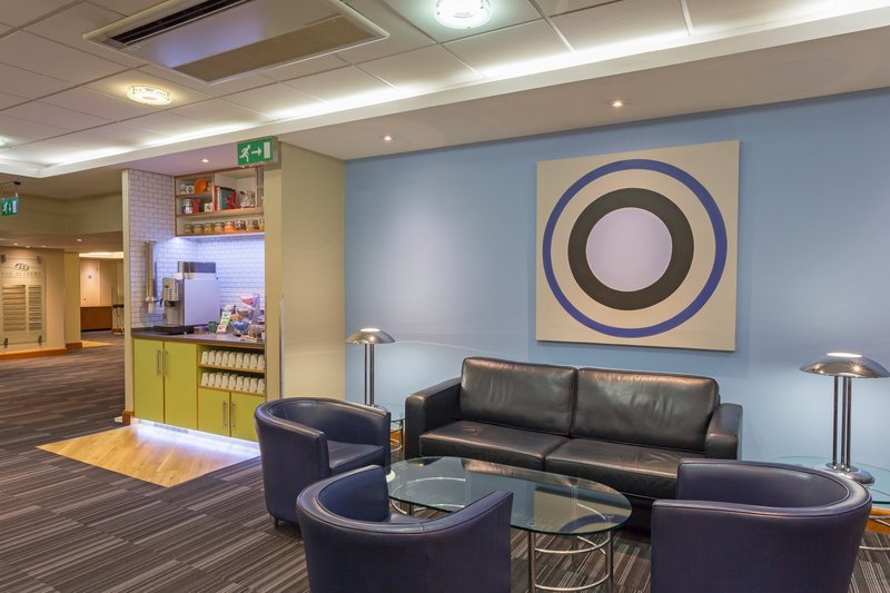 Holiday Inn Cambridge-Grab a latte from the Academy Coffee Station<br/>Image from Leonardo