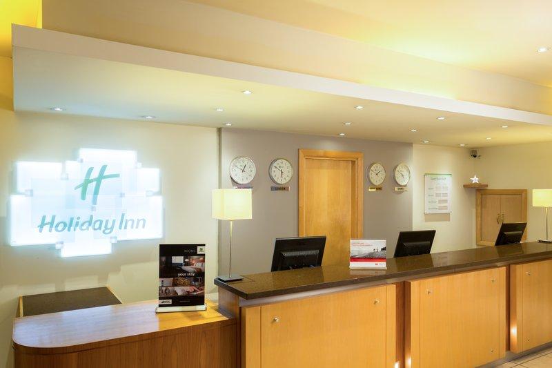 Holiday Inn Cambridge-Contemporary Front Desk<br/>Image from Leonardo