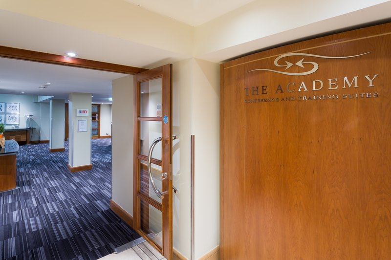 Holiday Inn Cambridge-Book your seminar at the Academy, our superior conference center<br/>Image from Leonardo