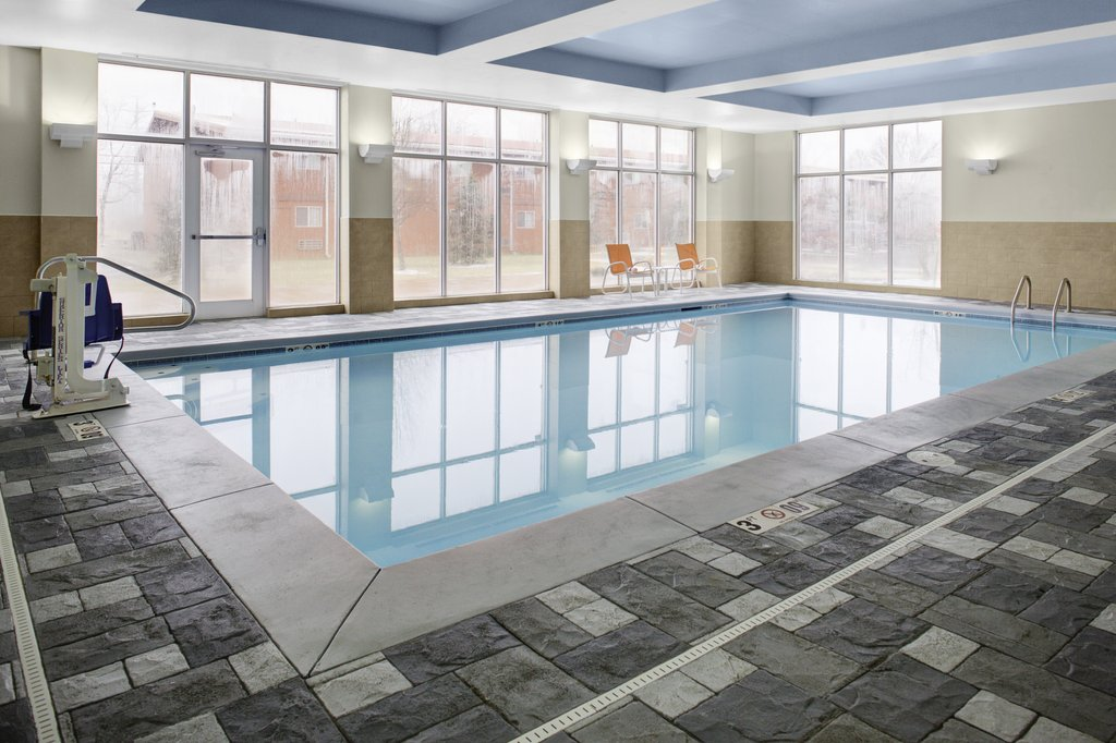 Holiday Inn Hotel & Suites Lima-Swimming Pool<br/>Image from Leonardo