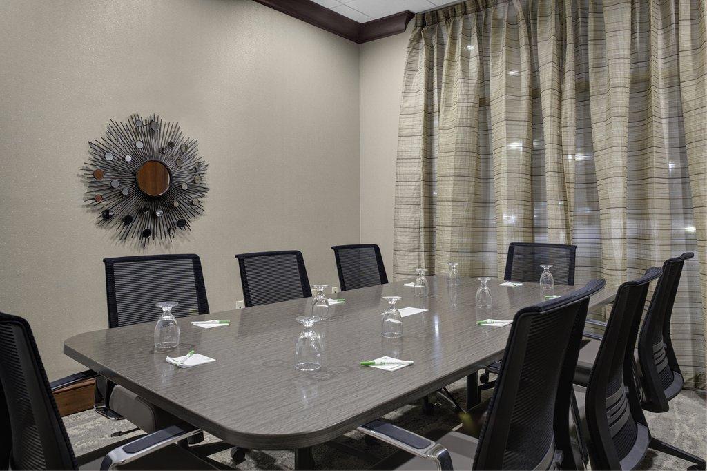 Holiday Inn Hotel &amp; Suites Lima-Boardroom<br/>Image from Leonardo